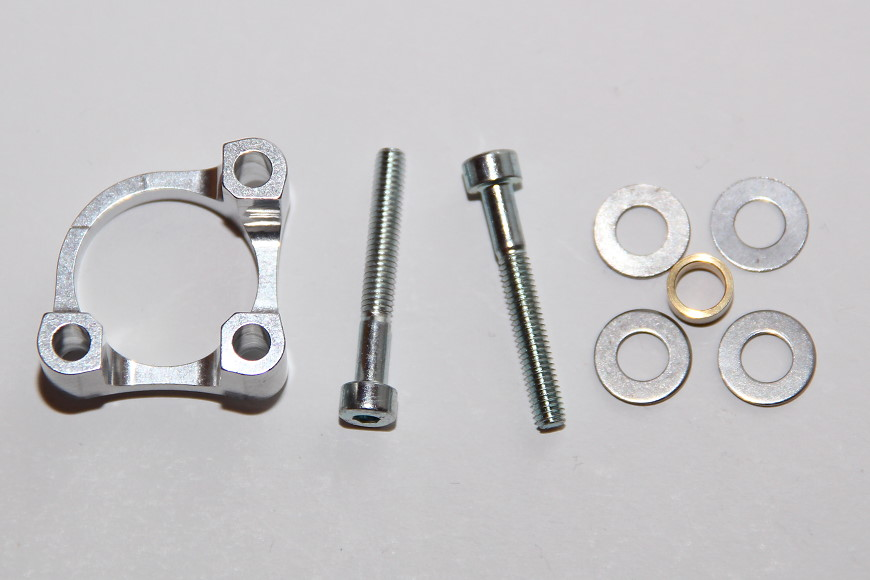 Henseleit TDF - Ritzelwelleneinheit und Motor: Motorunterlage, Distanzring, Passscheiben und Schrauben