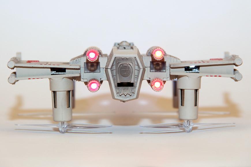 Propel Star Wars T-65 X-Wing Battle Drone / Quadrocopter: Heckansicht
