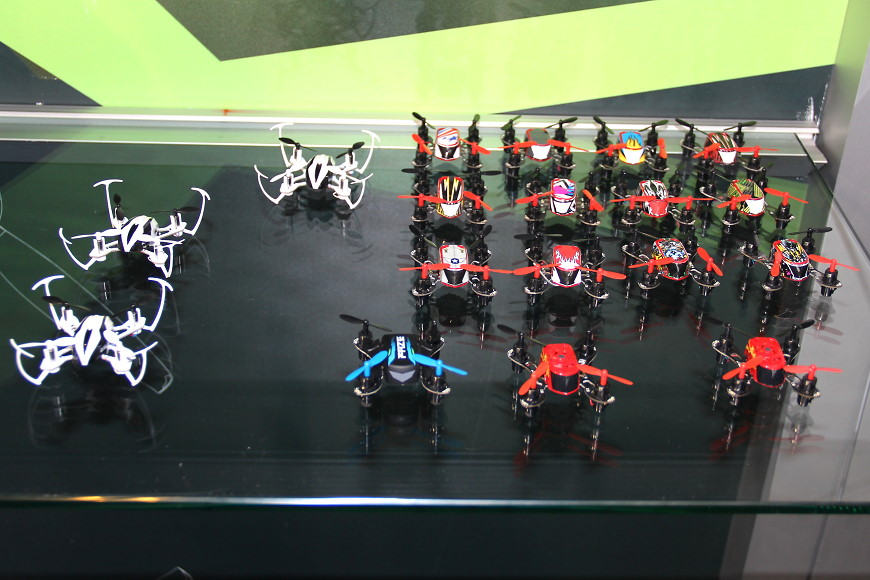 08-Blade-RC-Mini-Quadrocopter.jpg