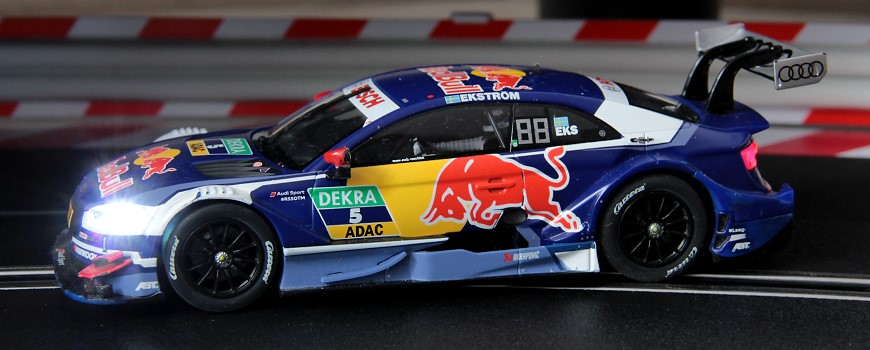 Carrera Digital 132 Audi RS5 DTM Ekstroem