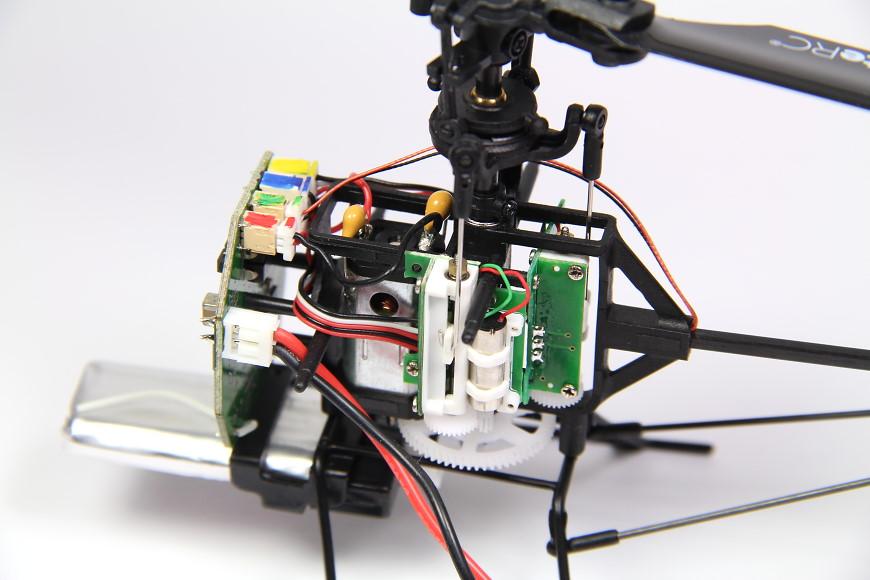 08-XciteRC-Flybarless-245-Trainer.jpg